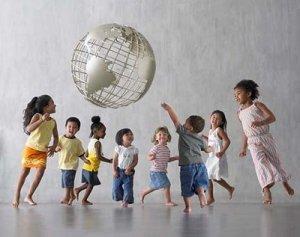 anak+lucu 9 Cara Membuat Otak Anak Lebih Jenius